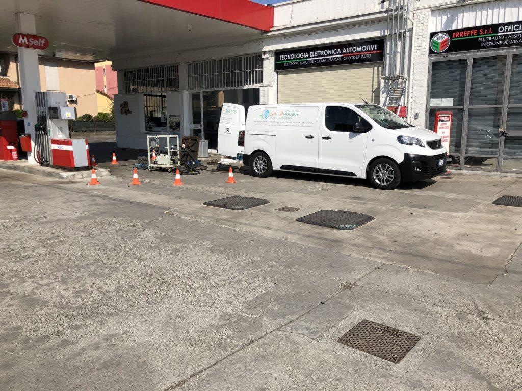 Prova di tenuta serbatoi distributore carburanti